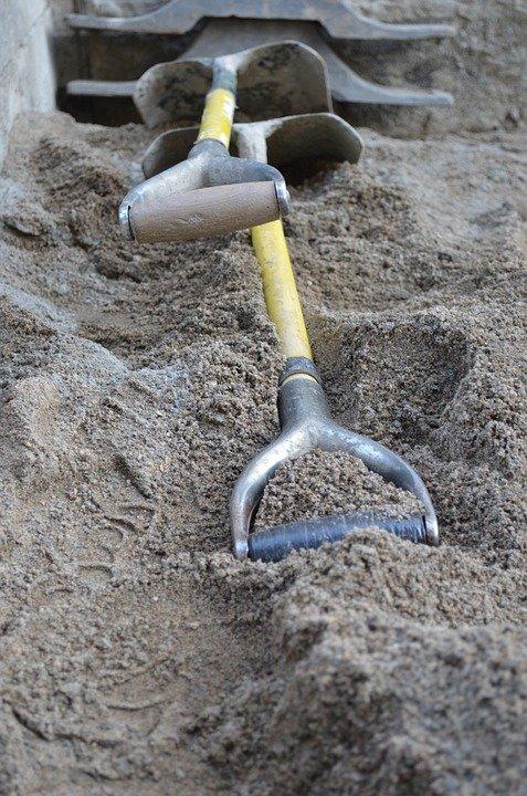 herramienta para trabajo de construcción de casas