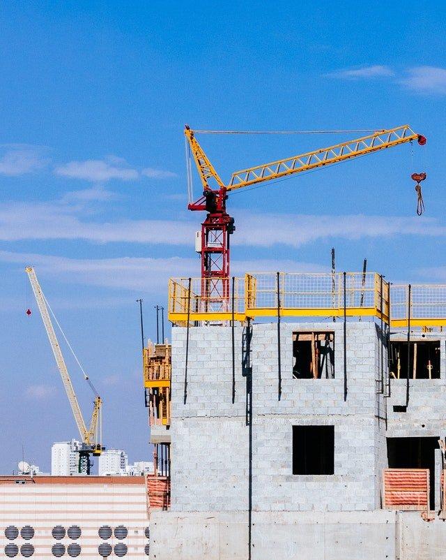 equipo pesado para construcción de casas