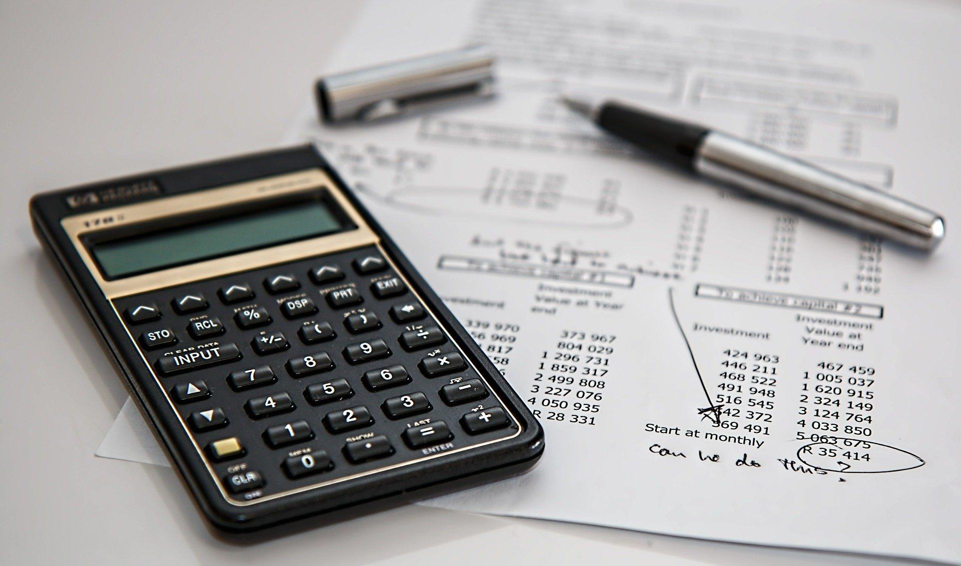 presupuesto de empresa de construcción y decoración de casas